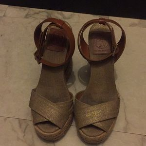 Tory Burch wedges size 5